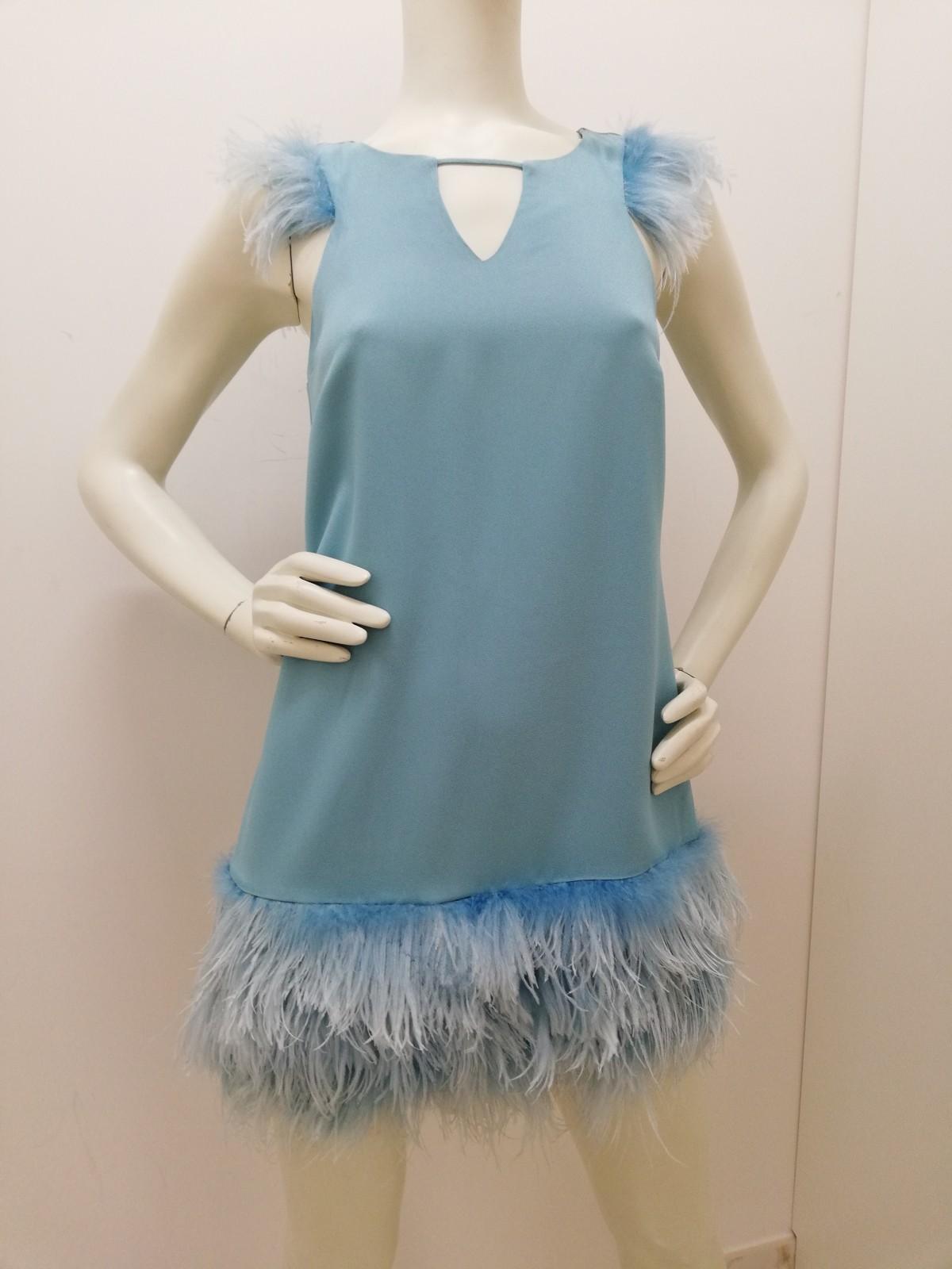 new style ba573 724cc Dress with feathers. Patrizia Pepe