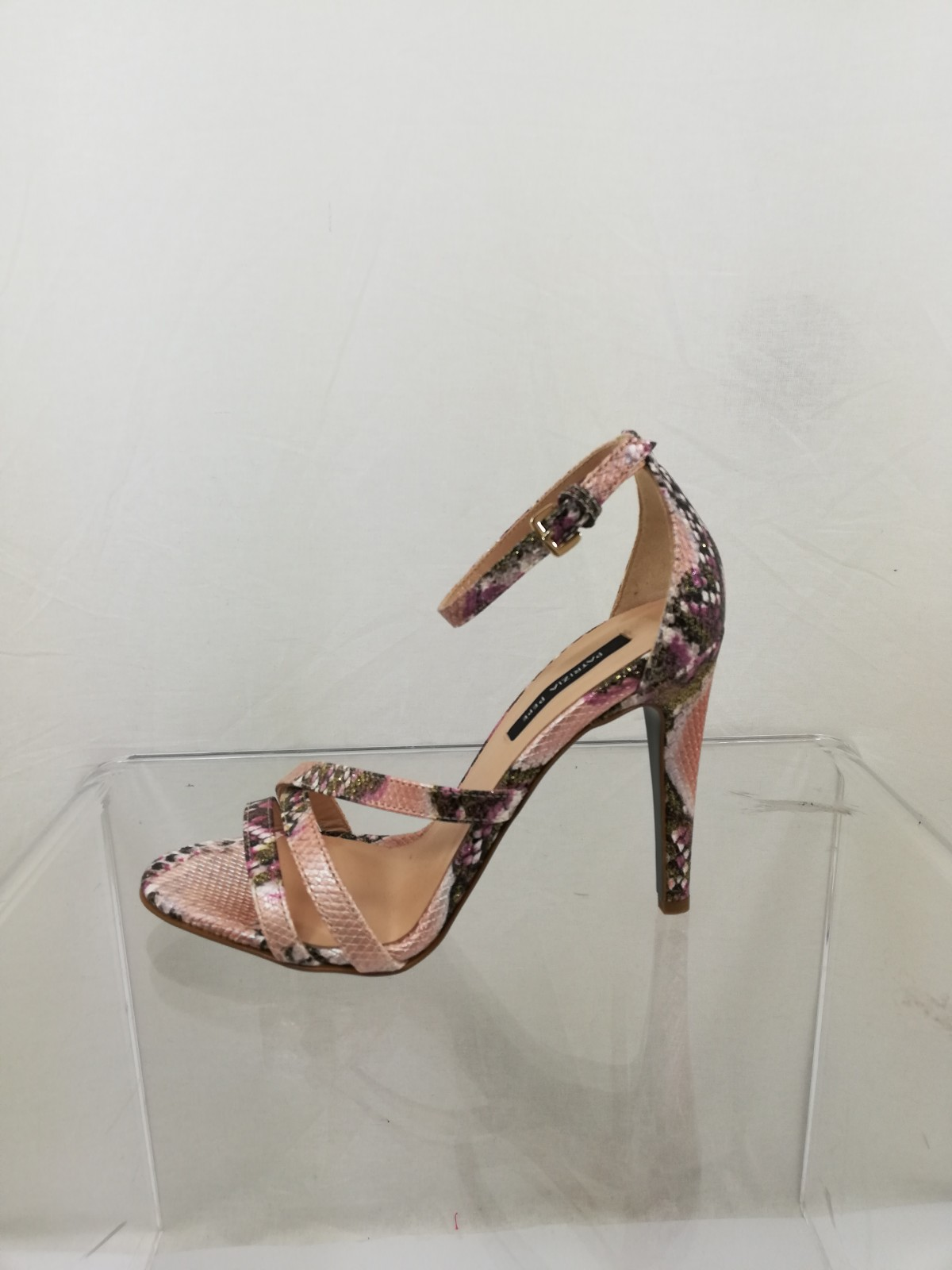 new style 401d1 4879e Python effect genuine leather sandal. Heel 10. Ankle strap. Patrizia Pepe